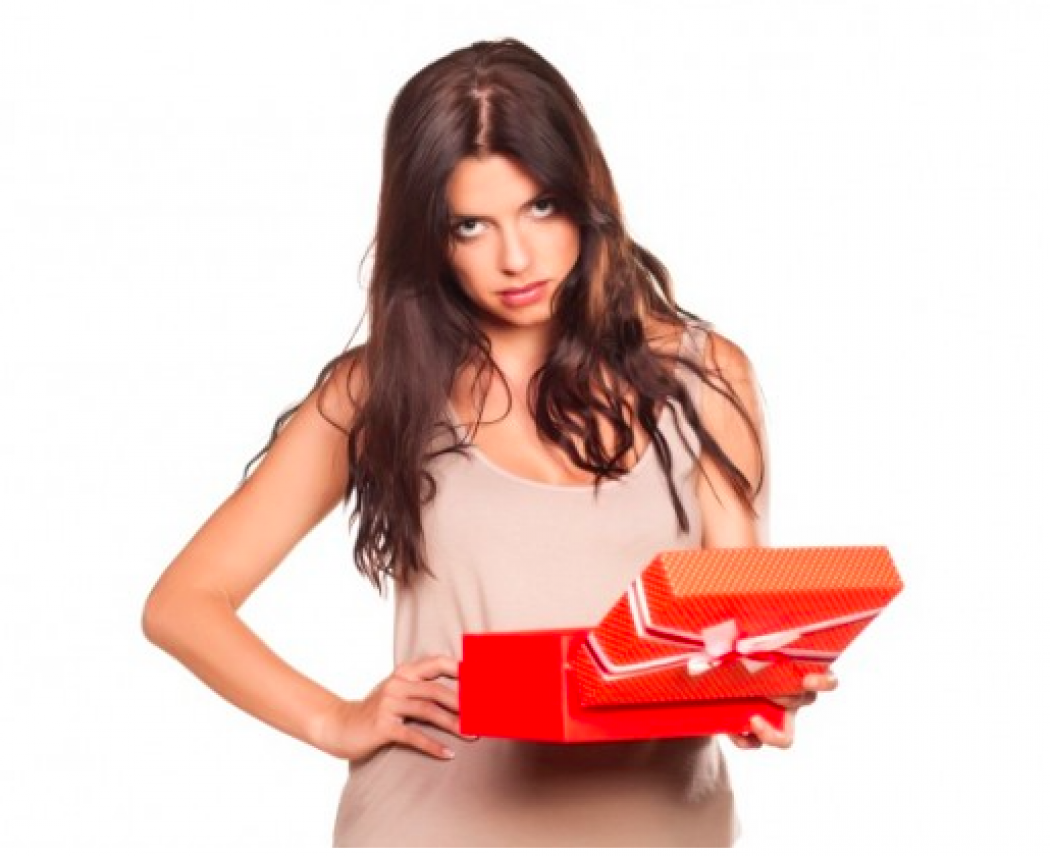 Fat Girl at Heart: V-Day Don'ts – What NOT to Give Your Lady on Valentines Day